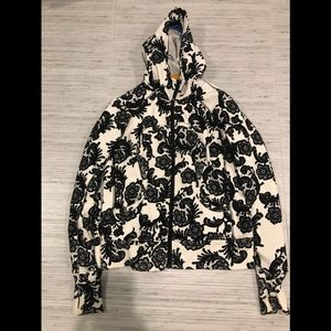 Lululemon Scuba Hoodie Black and White Lace Print